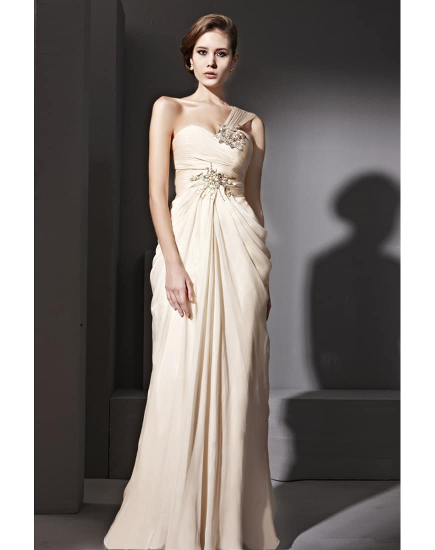 Tres belle robe de soiree