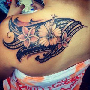 Tatouage maorie femme couleur