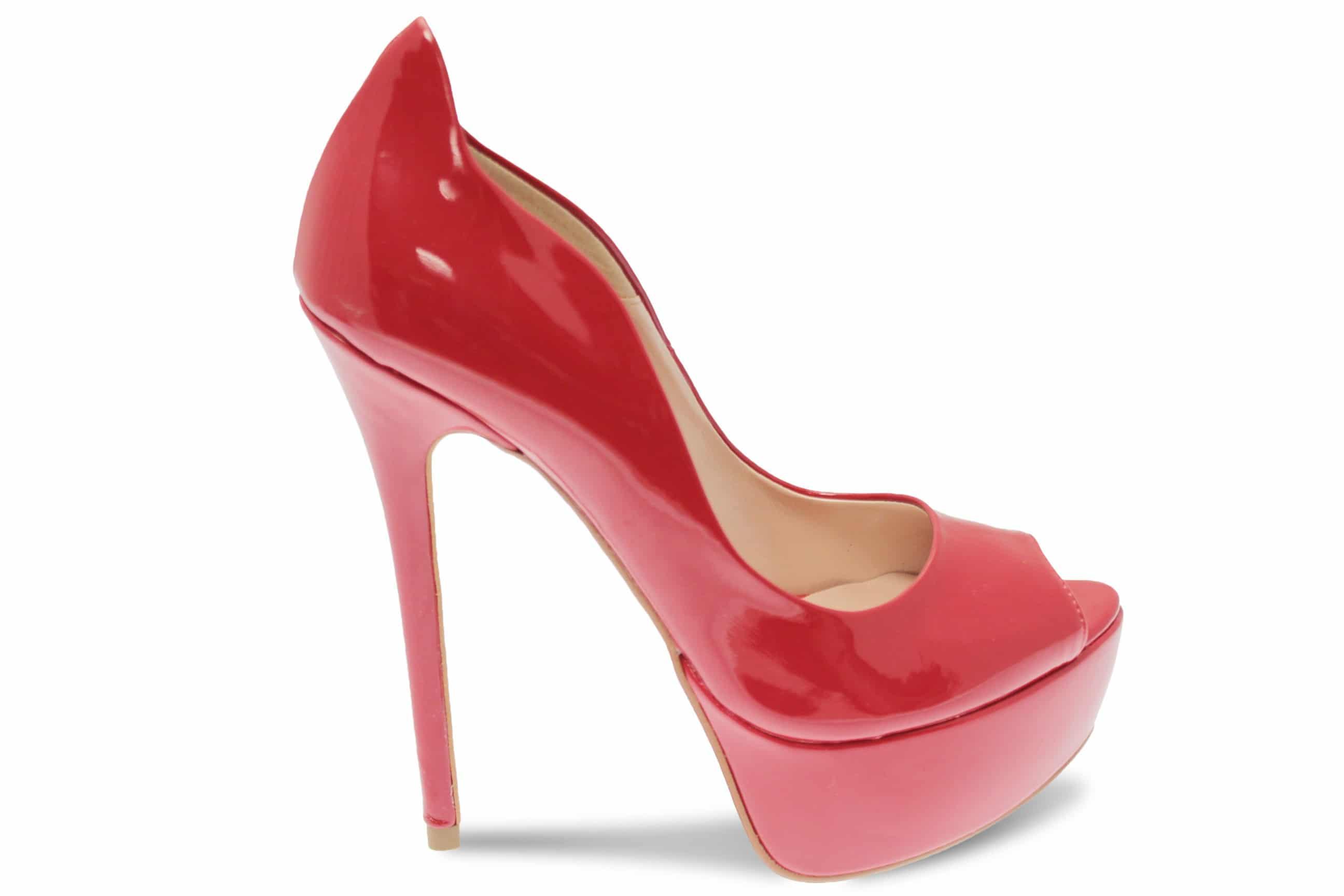 f27b1e6b1ba811 Escarpins rouges : comment les porter ?