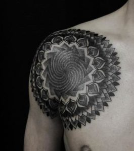 Tatouage de mandala homme dessin
