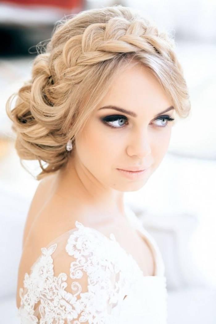 Chignon avec tresse : comment réussir cette coiffure