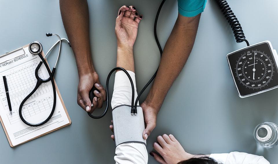 Diagnostique adénite mésentérique