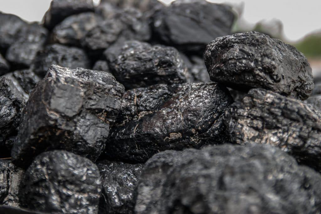 La poudre de charbon dent : conseils d'utilisation