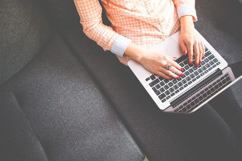 Internet vous aide à trouver un job sur Paris