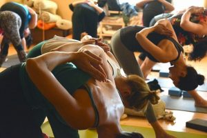 Cours de Fitness Pilates en salle de sport